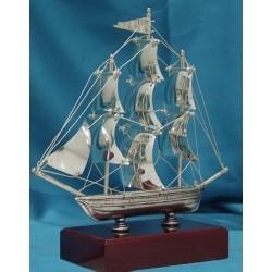 Barco velero Plateado