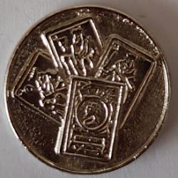 Amarraco Moneda Mus Metal